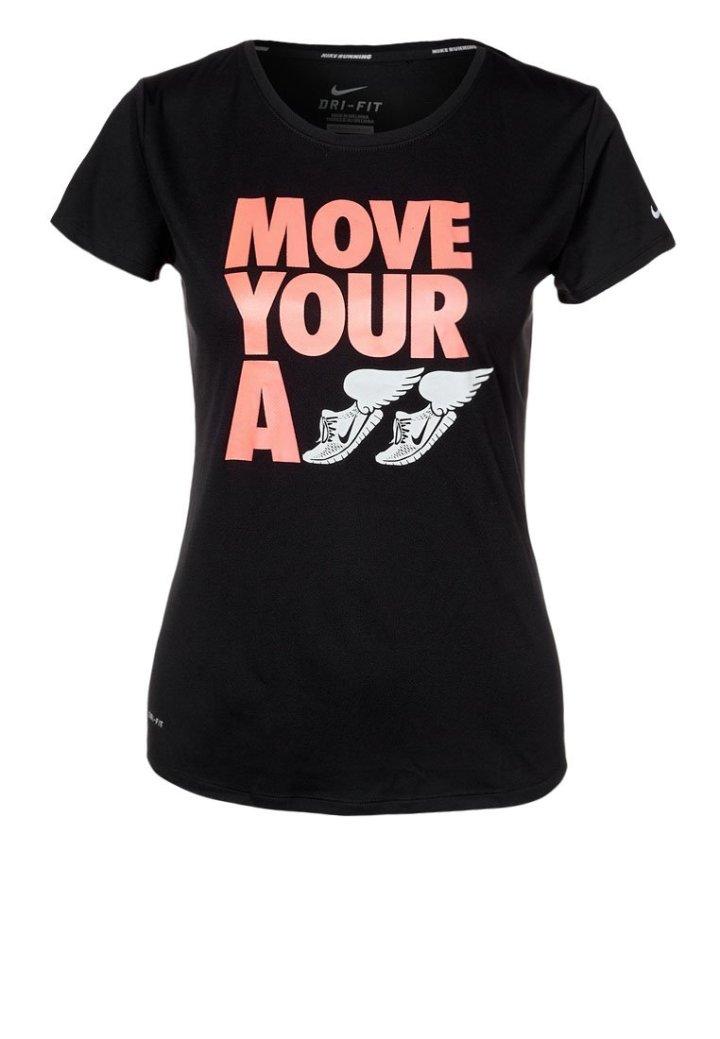 d95ea57a4359 Den andra är bara enkel och cool, precis som Nikes tröjor brukar vara. Jag